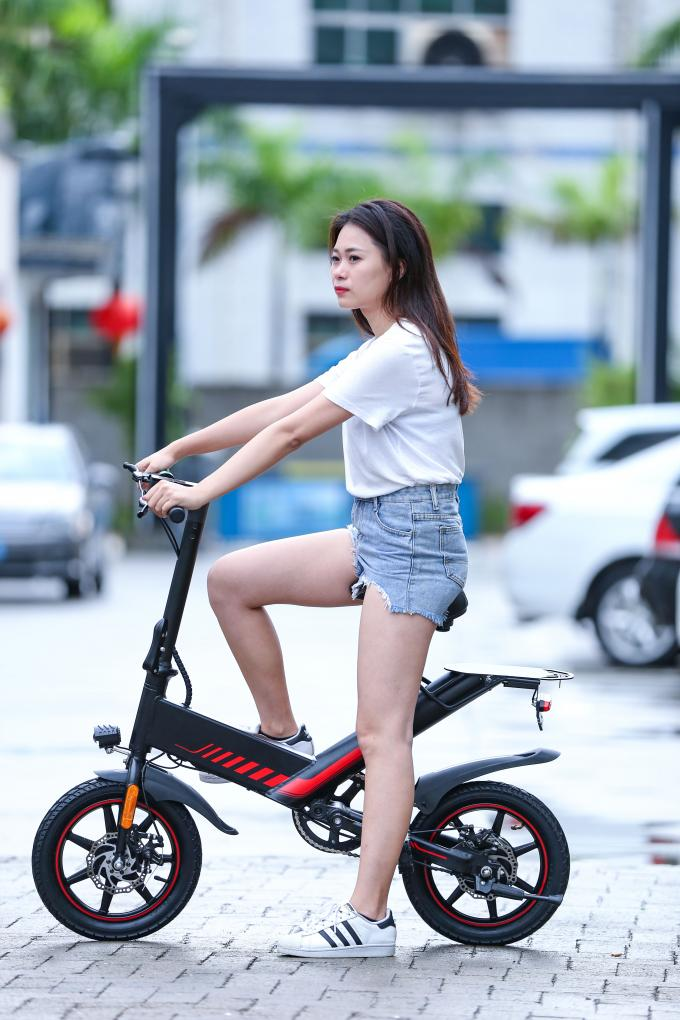 400W 48V Folding Road Bike Portable Electric Bicycles For Adults / Children
